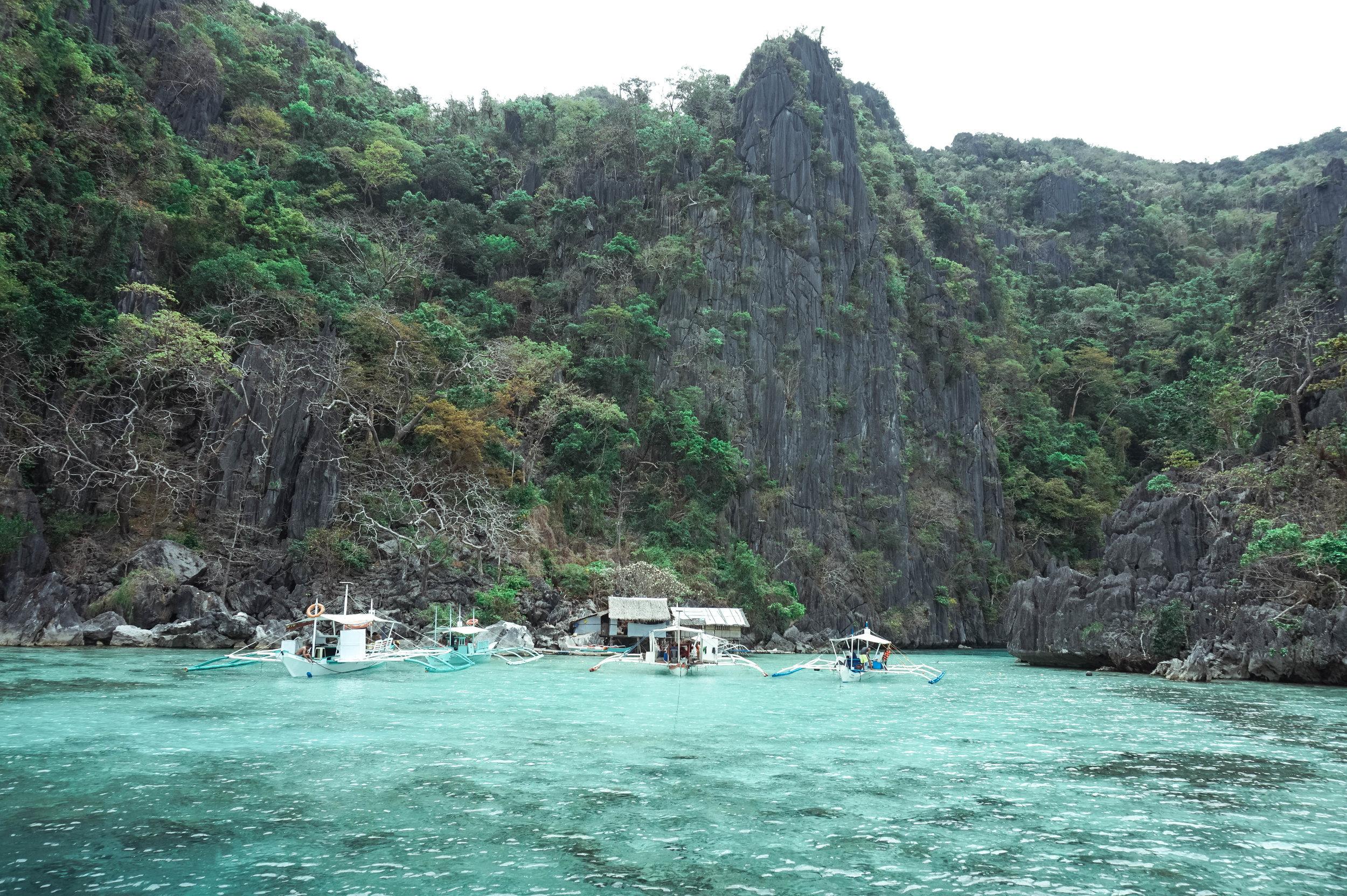 Philippines-twin-lagoon