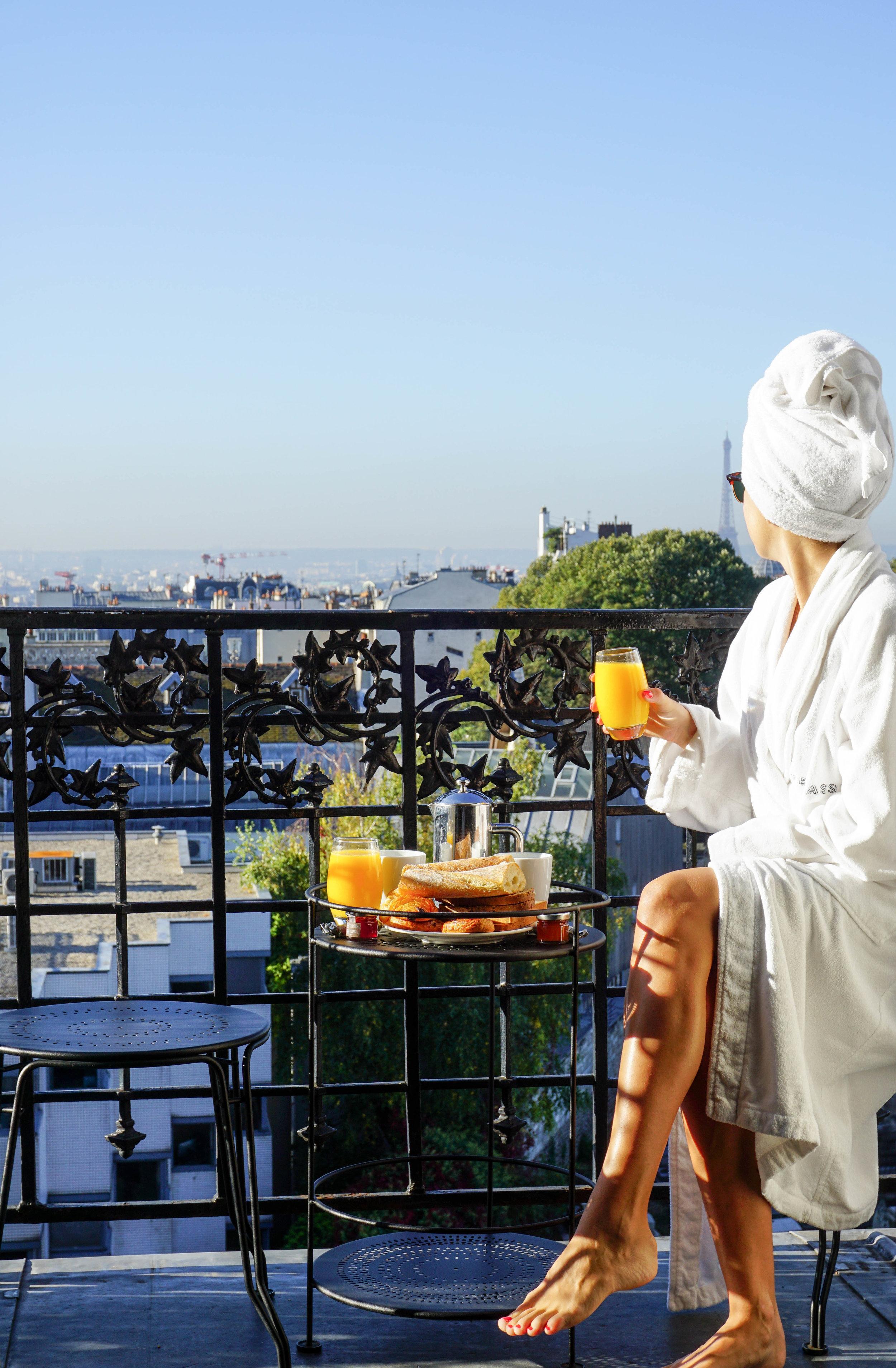 Paris-Terrass Hotel-View