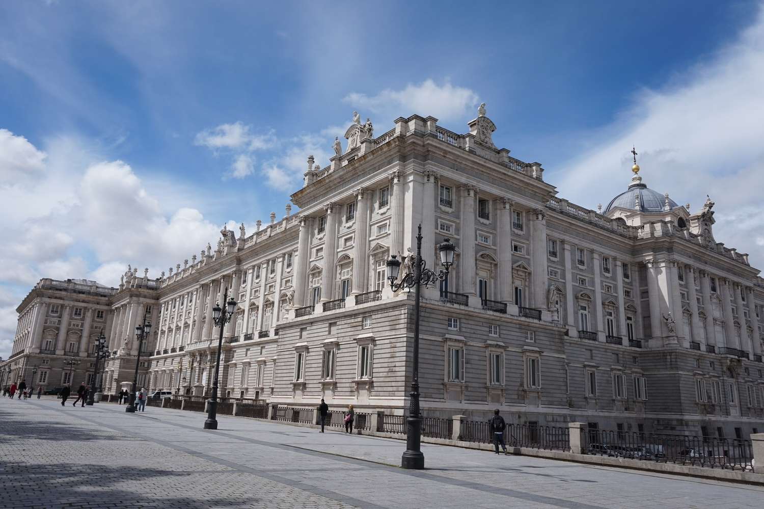 Get the Madrid travel weekend guide -