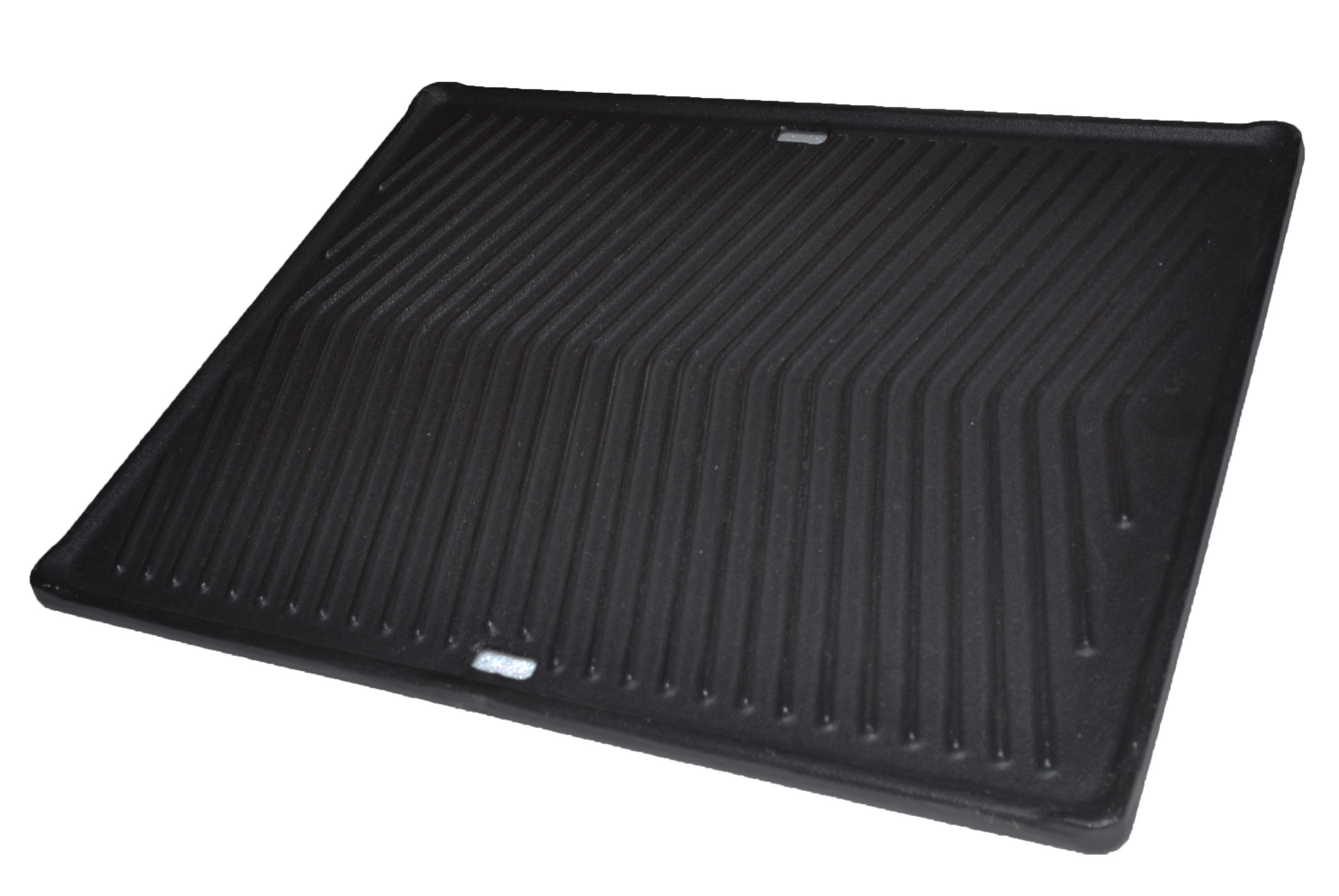 Mont Alpi Heavy Duty Griddle - The Mont Alpi heavy duty cast iron griddle plate will bring versatility to your grill. Grilling vegetables, fish etc has never been easier!