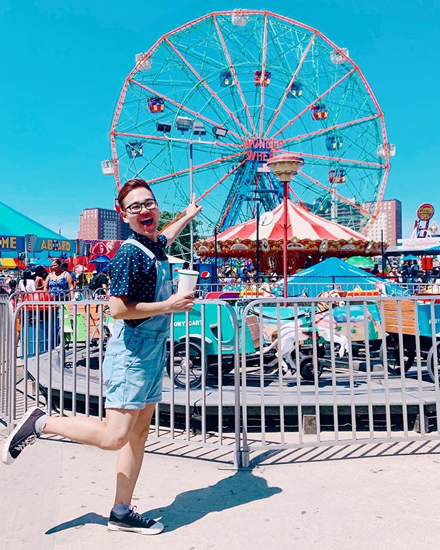 "Who wants to ride this 🎡Ferris wheel🎡 with me?😍⁣ ⁣ After living in New York for almost 6 years, I FINALLY visited Coney Island during the busiest day🤦🏻‍♂️, the 4th of July! It was a little bit overwhelming🙃 and EXTREMELY crowded🙈, but I had one of those days that made me say, ""New York, you are SO magical😻""⁣ ⁣ I mean, how can one city offer so many different feels? From a fun amusement park looking at the beach🎠 to a crowded concrete jungle🏙, the city always knows how to win my heart🥰⁣ ⁣ I hope to be back in Coney Island soon, so that I can eat more of @originalnathans hot dogs and other treats, like funnel cake (which I 'didn't get to try this time, BUT now I know that I can find it at Coney Island, which is honestly an enough of a reason to go back there soon!) ⁣ ⁣ SO, who's coming with me and riding a Ferris wheel with me?! Are there any must-eat treats in Coney Island for me to eat my feelings? LET ME KNOW💕⁣ ⁣ 📸: @kierawrr"