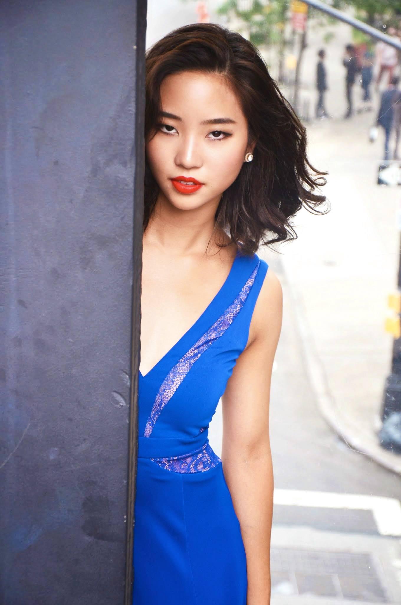 blue_dress2.jpg