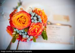 elegant-flowers-bouquets-berries-engaging-events-by-ali.jpg