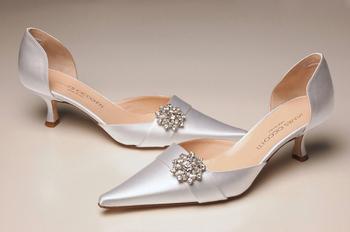 wedding-dress-shoe-chicago-weddings-engaging-events-by-ali.jpg