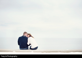 lake-michigan-engagement-pictures-engaging-events-by-ali.jpg