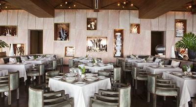 wedding-reception-destination-chicago-engaging-events-by-ali.jpg