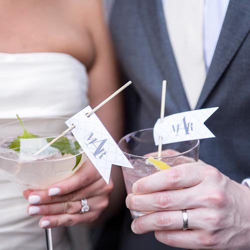 wedding-trends-beverage-ideas-signature-drinks-engaging-events-by-ali-10twelve.jpg
