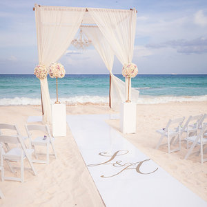 glamorous-weddings-sandy-beaches-high-end-destination-planning-chicago-engaging-events-by-ali-10twelve.jpg