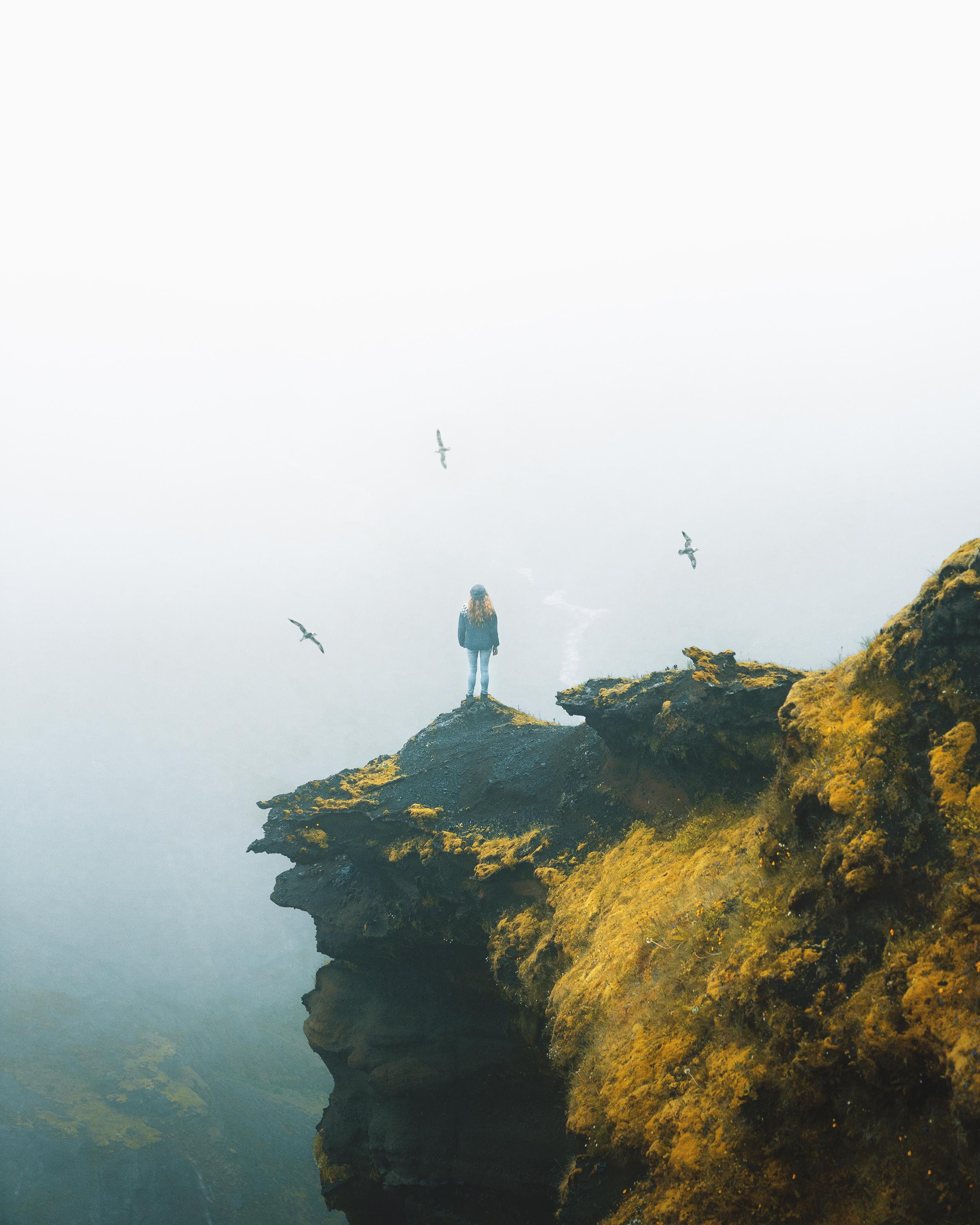 charlotte-little-wolf-Iceland-Thorsmork-hiker-birds-moss-fog.jpg