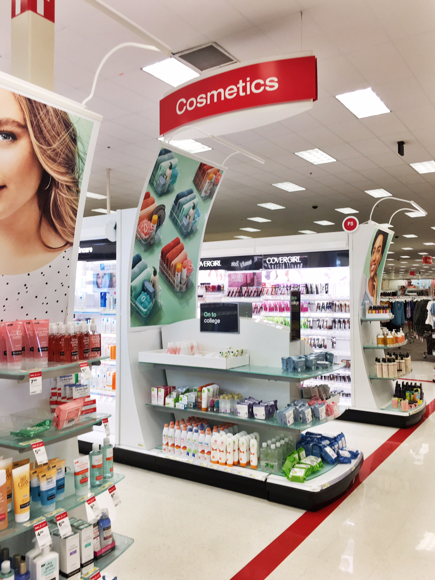 Back-to-College Looking &  Feeling Fabulous with Neutrogena and Clean & Clear at Target! (5).JPG