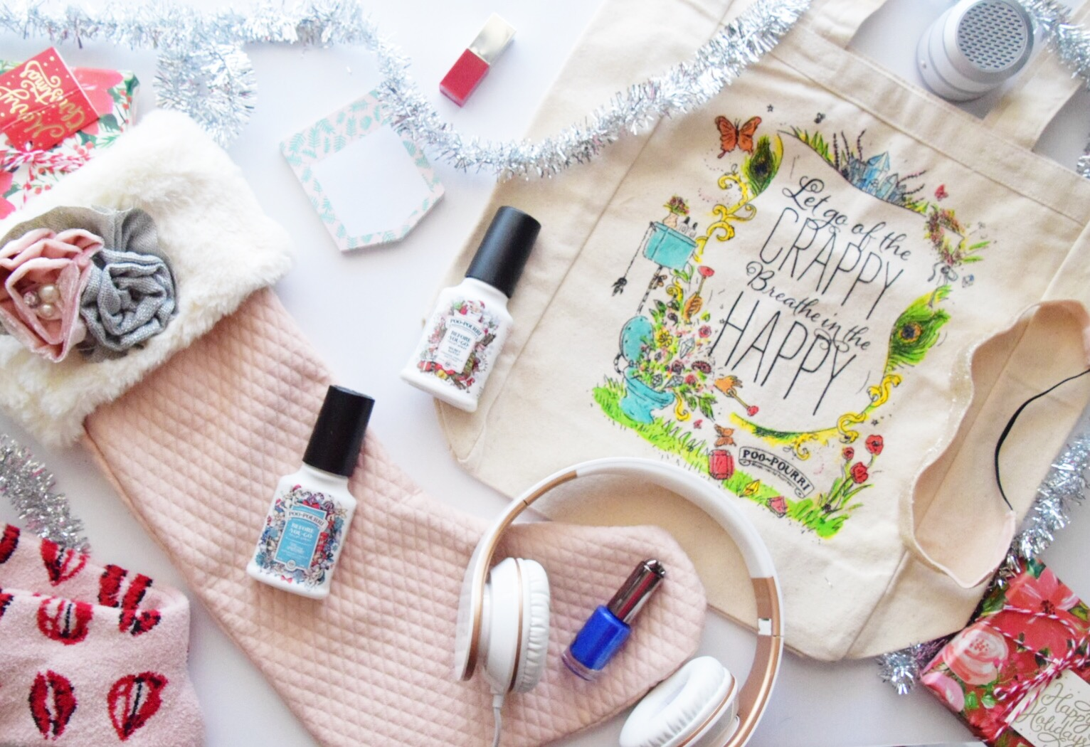 Houston Lifestyle Blogger - Wander Dust  Blog - 10 Stocking Stuffer Ideas for College Girls 2017 (19).JPG