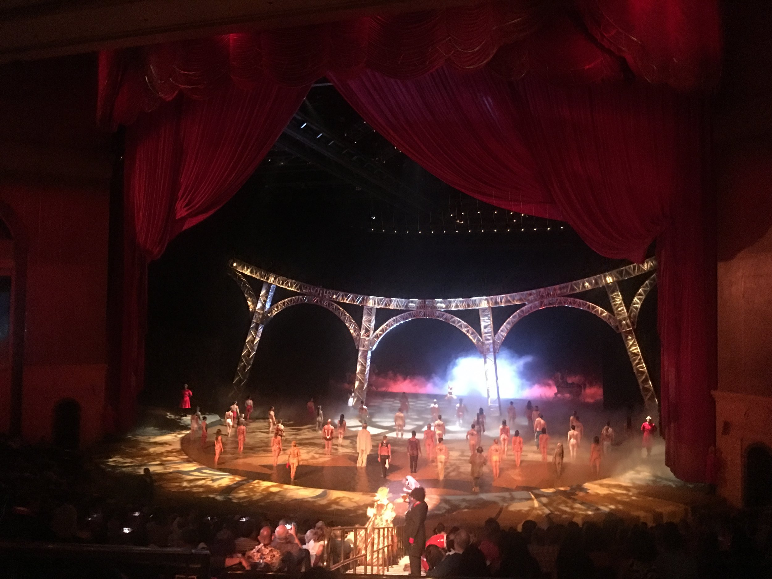 Best Travel Guide to Las Vegas - Things to do in Las Vegas - Blogger Sarah J (13).JPG