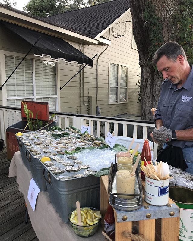 We hope to see you at the VIP reception @southernnapa to kickoff the Jubilee Festival of the Arts! . A special thanks to @outlaw_oyster_co @murderpointoysterco @wakullamystiques @evansmeatsandseafood  for providing the oysters for tonight's shindig. 🐚🎉 . #daphne #jubileeartsfestival #eatlocal #oysters #seafood