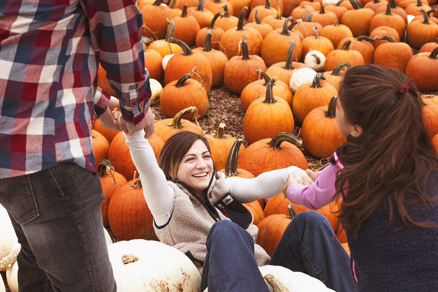 family-photography-pumpkin-patch-fairfield-county