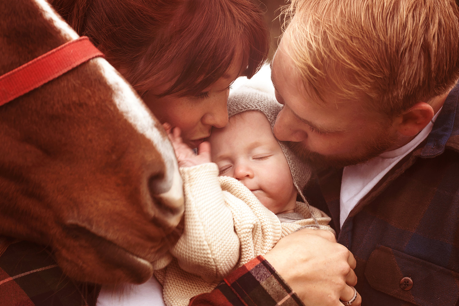 family-picture-with-horse