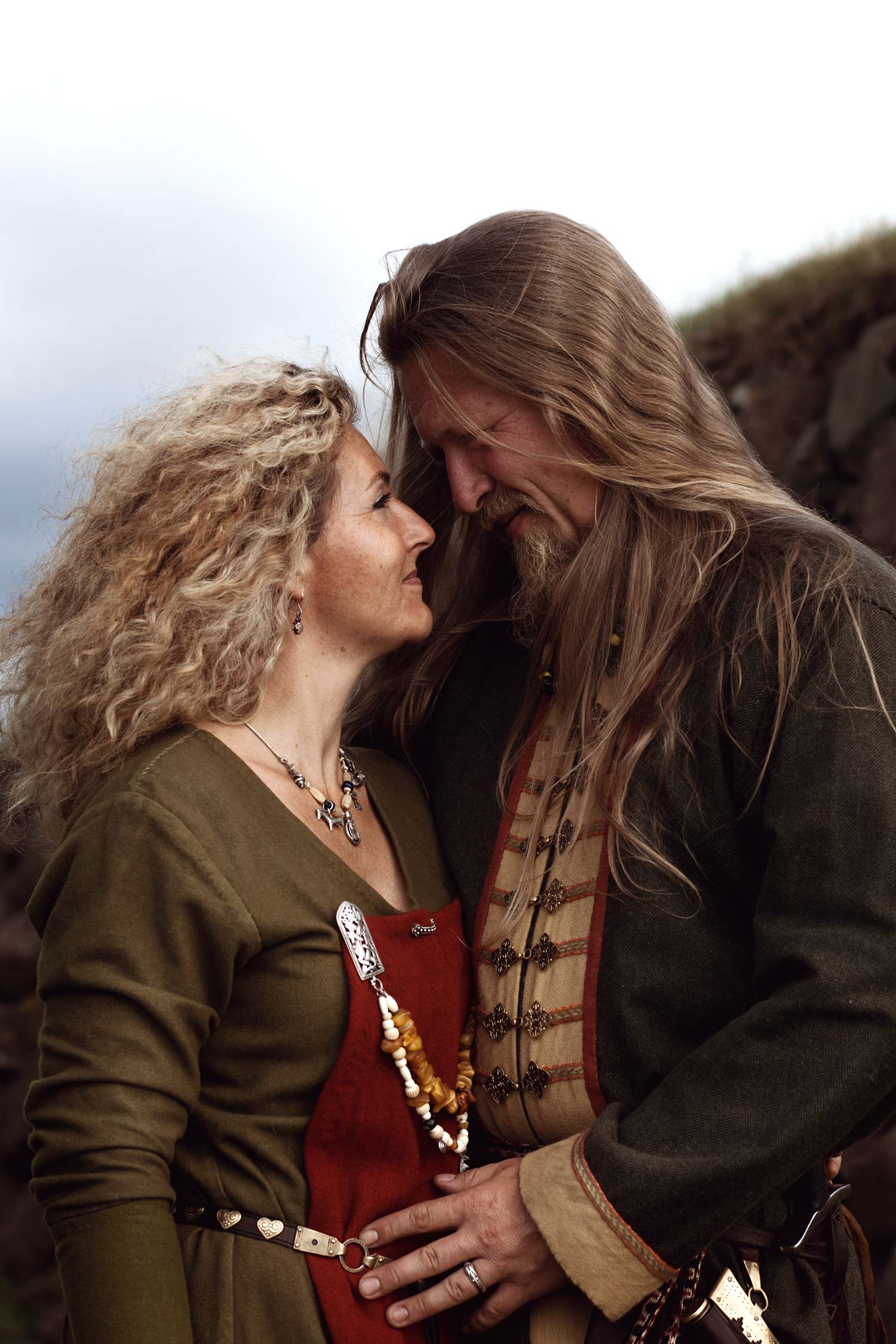 portrait-couple-session-viking