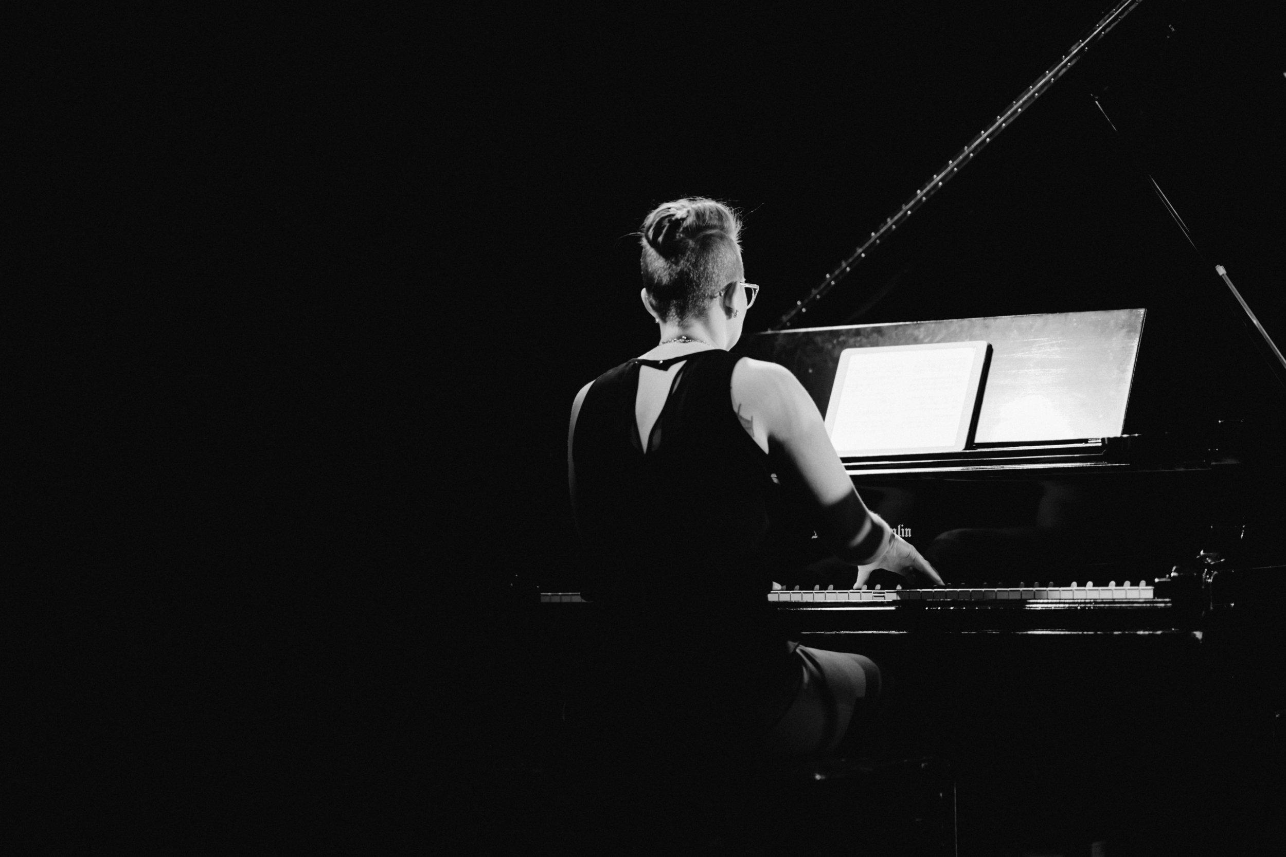 folky & electric - Ravel / Sonata No 2 for Violin and PianoMozart / Sonata K 304 for Piano and ViolinMilhaud / Sonata No 2 for Violin and PianoBartók / Sonata No 2 for Violin and Piano
