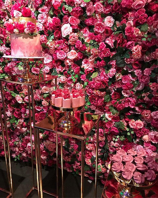 MONISHA TURNS 30 💗 Tap pic for info.  #30thbirthday #monishaturns30 #celebration #happybirthday #champagne #thirty #darkpink #balloons #melbourne #melbourneparties #melbournestylist #melbournepartyplanner #event #eventmanagement #styling #birthdayparty #cake #desserts #styledbyvalentina