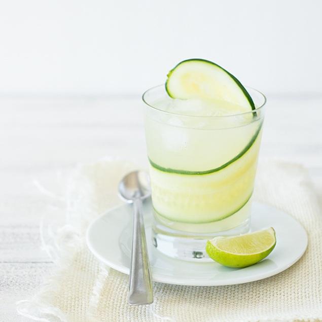 cucumber-moscow-mule-2.jpg