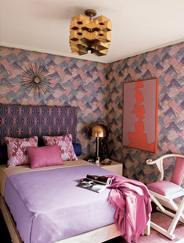 Saint Valentine Bedroom