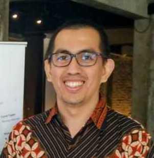 Ferry Aprilianto  Founder & CTO • Tanamduit