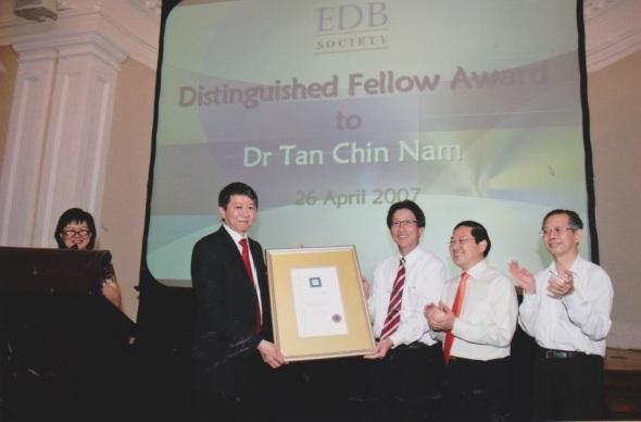 Distinguished Fellow Award to Dr Tan Chin Nam  26 April 2007