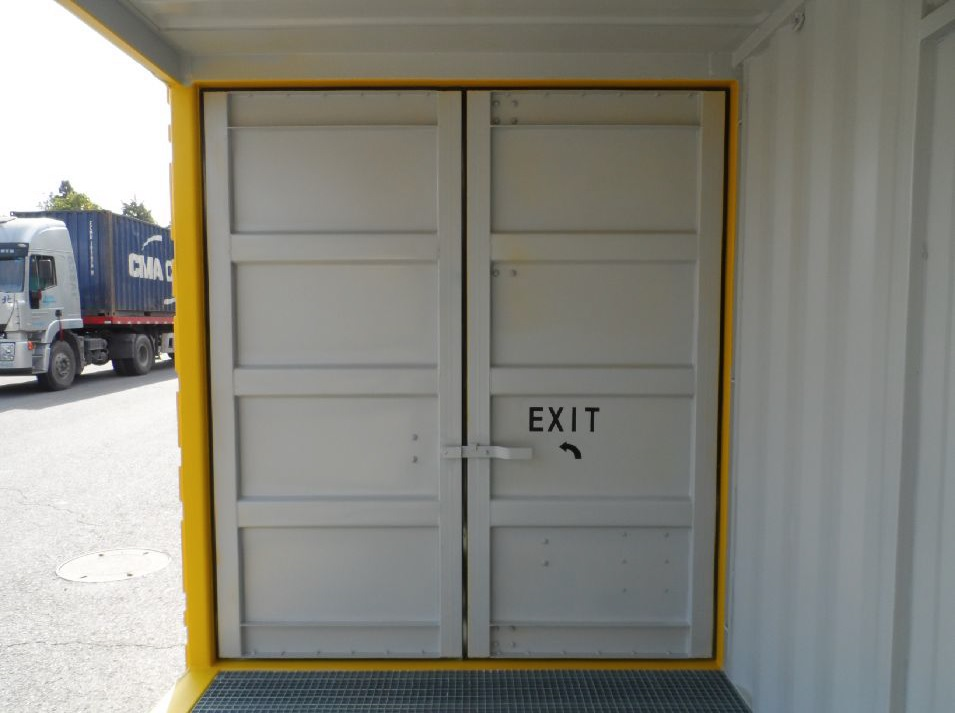 Interior Rear End Door.jpg