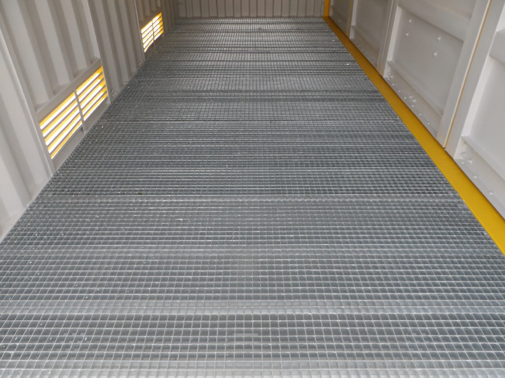 Steel Grid Floor.jpg