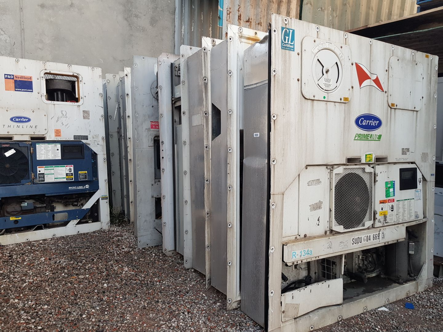 Fully serviced 3 phase refrigerated shipping container machinery, Carrier or Thermo King units available with 6 months warranty.