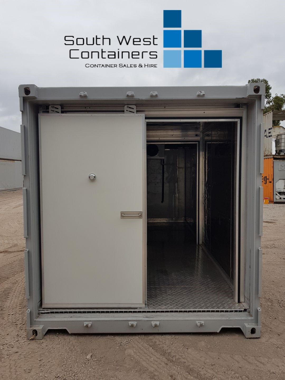 20ft Reefer With Doors Removed - Sliding Easy Door 2.jpg