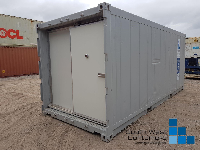 20ft Reefer With Doors Removed - Sliding Easy Door 11.jpg