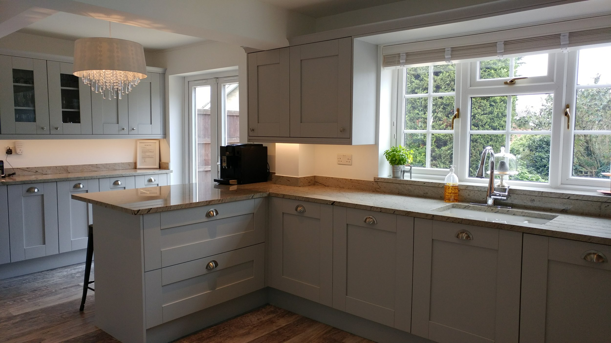 Painted Shaker Kitchen - Bedfordshire