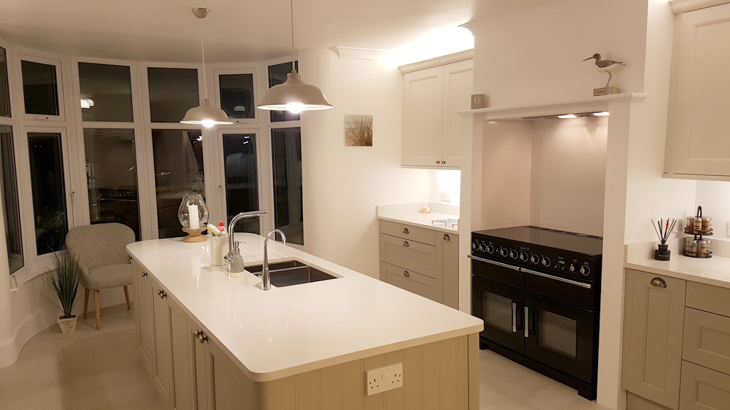 Mornington Beaded Shaker Kitchen - Cambridgeshire