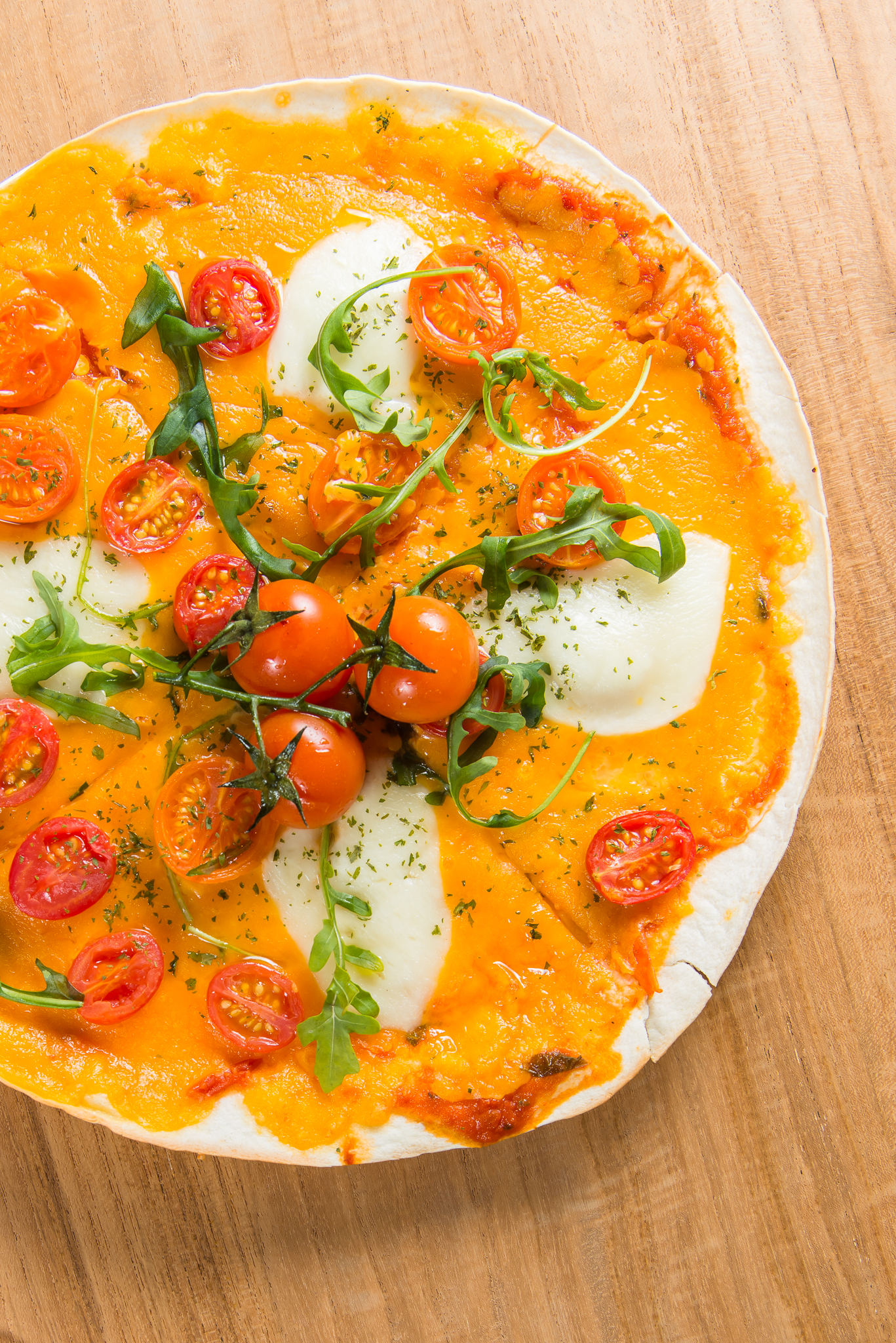 margherita tortilla pizza