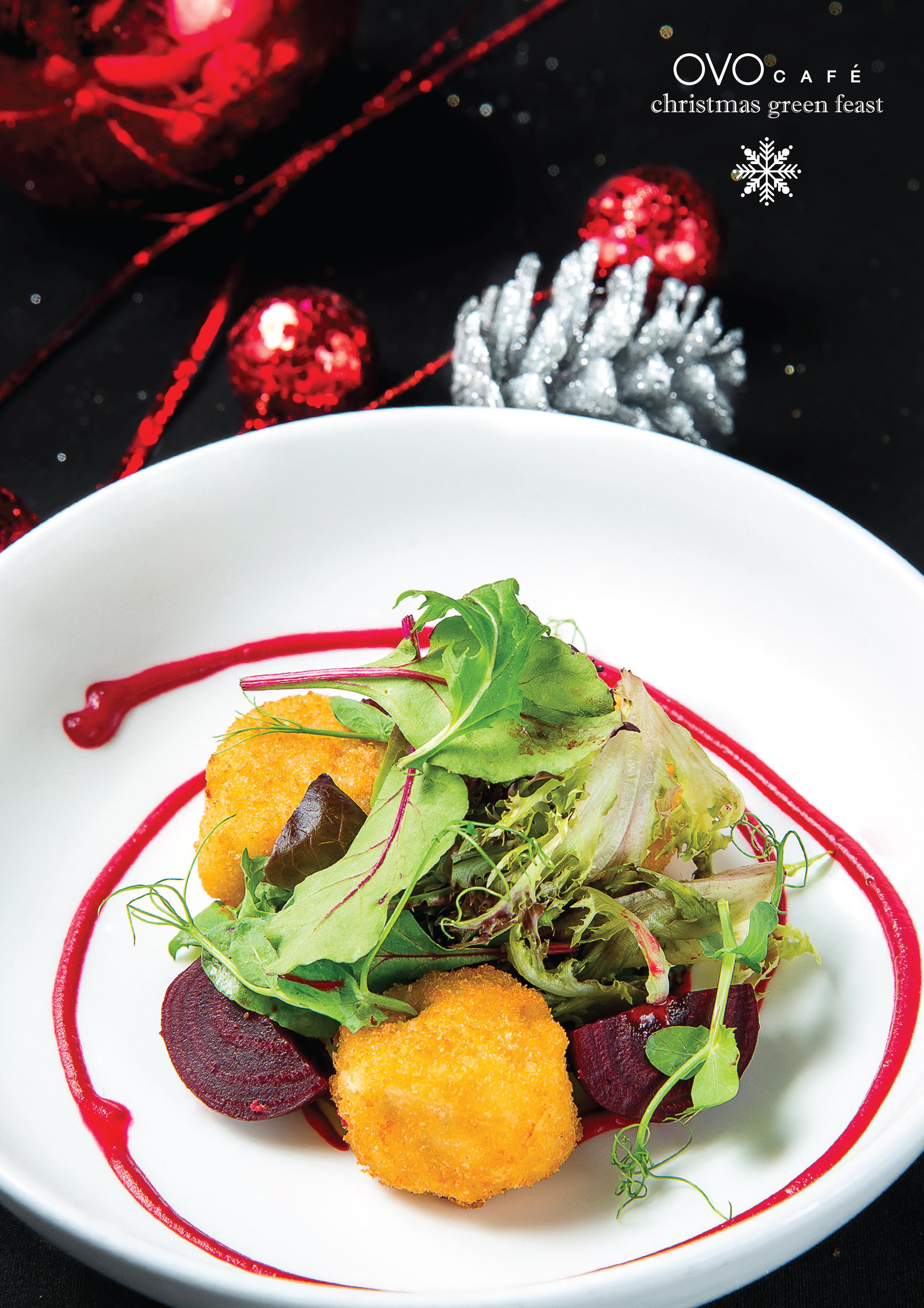 vegan crab cake with beetroot yoghurt salad 紅菜頭乳酪沙津 配素蟹餅