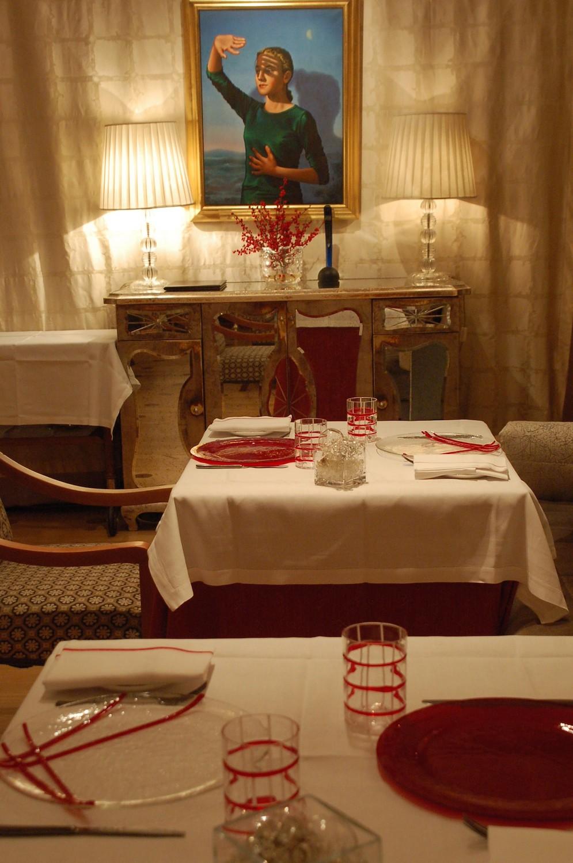 tableware-glass-handmade-vivendo-restaurant-red.JPG
