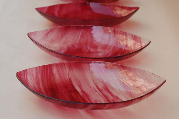 bread-dish-glass-handmade-red-vivendo-restaurant-rome.jpg