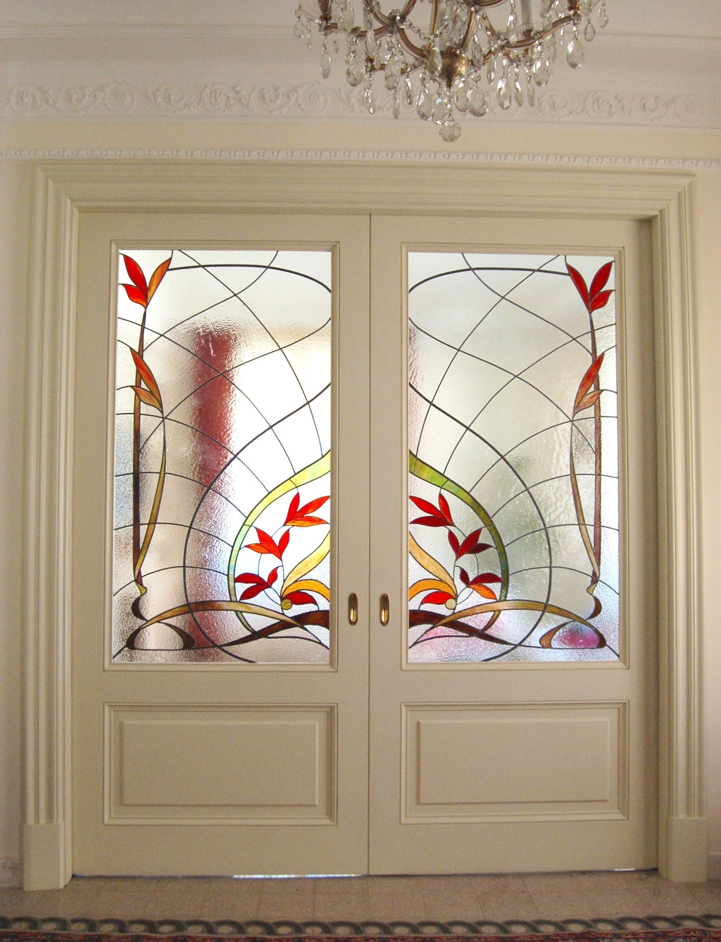 private-home-interior-stainedglass-floral-handmade.JPG