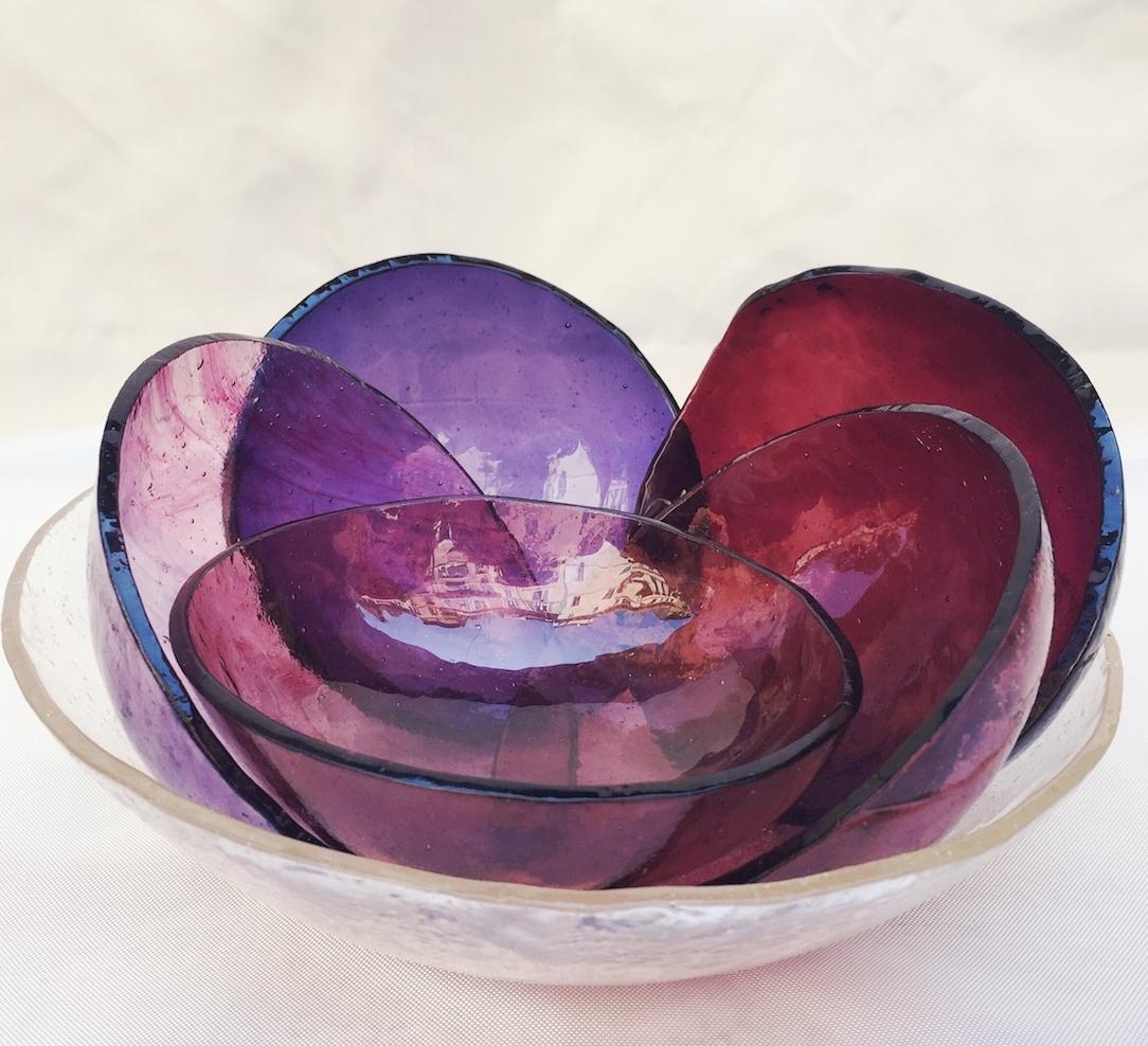Small bowls violet