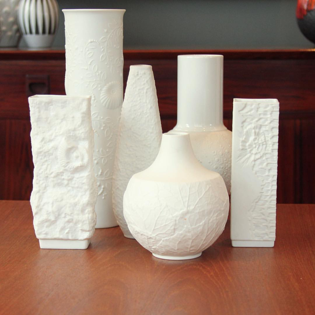 pots white.jpg
