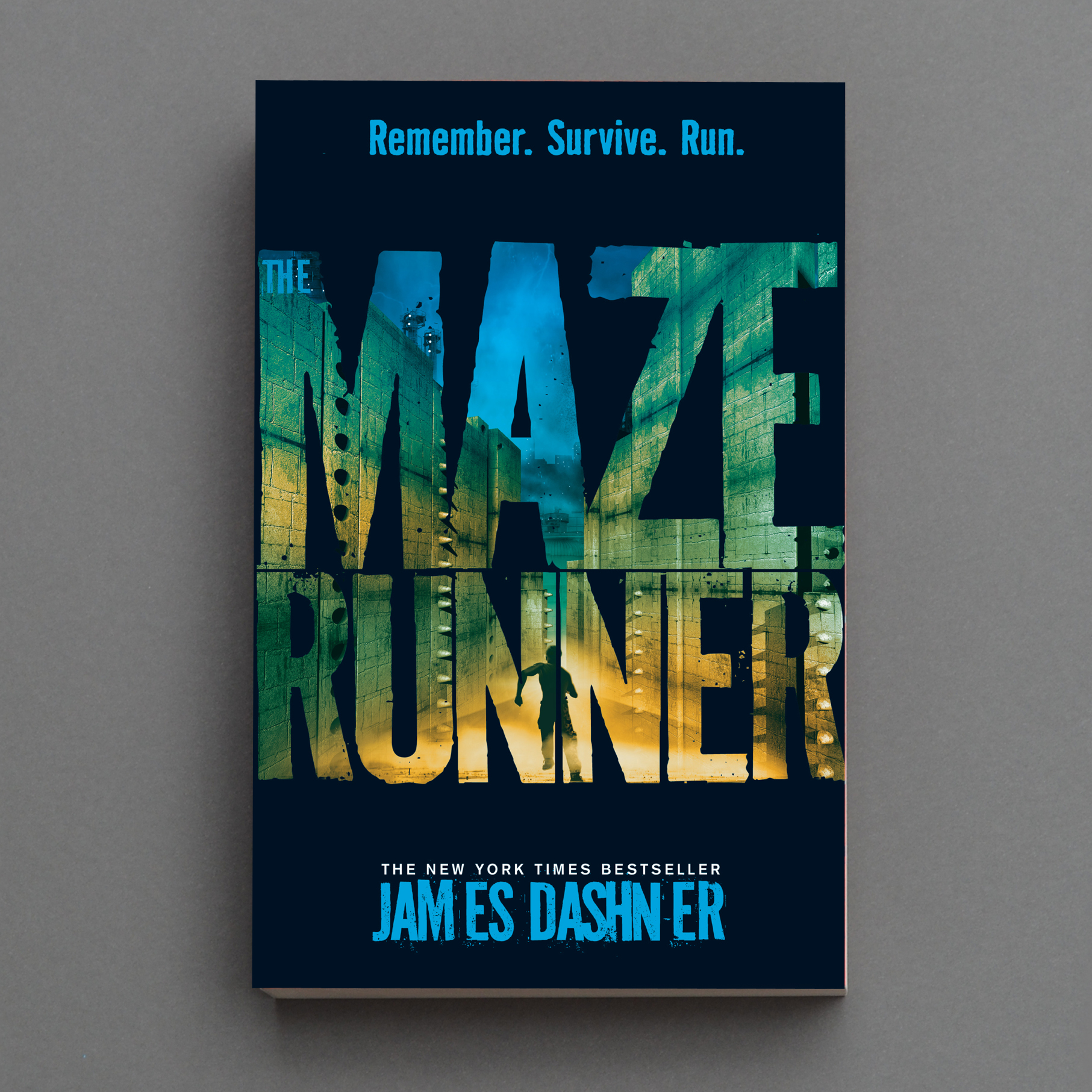 The bestseller Maze Runner – over 500,000 copies have been sold in this editoin alone.