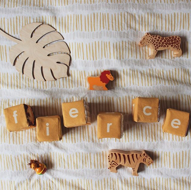 Anyone else out there super excited about a certain film that hit cinemas today? We are huge fans of the soundtrack and original film so we'll def be hitting up our local cinema this weekend! In the meantime I couldn't resist some play time fun inspired by the new Sunrise 🌅 Sensory Blocks. They are now printed on a natural organic cotton base rather than bright white which gives them a much richer colour and they feel softer as well. That's pretty fierce in my book. #sensorytoys #sensoryplay #playmatters #openendedplay #openendedtoys #safaritheme #thelionking2019 #bigcats #kidsstufftolove #myflatlayfriday #flatlaywarrior #kidsroomwarrior #kidsstuff