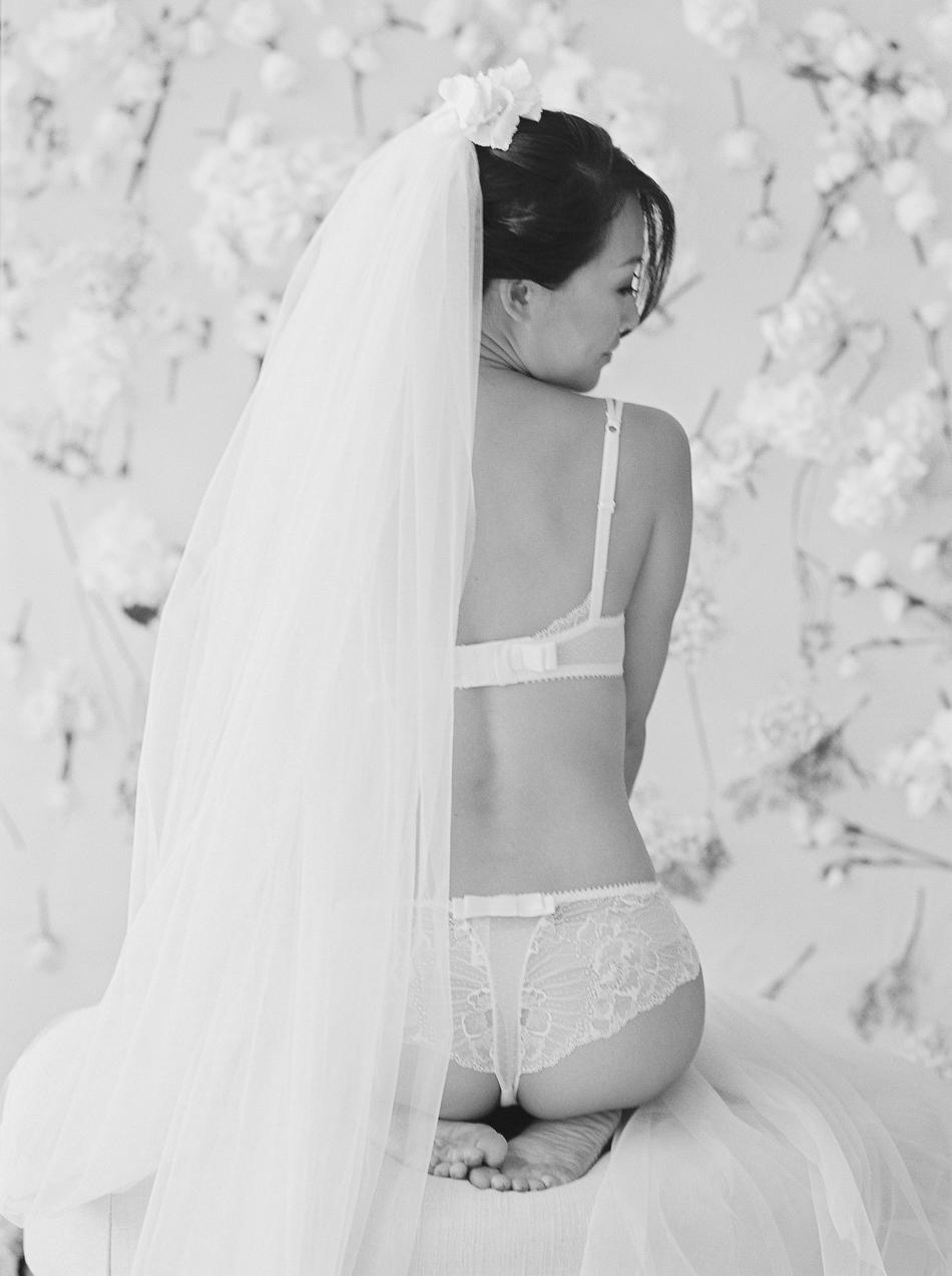 Chen-Sands-Film-Photography-Portraits-Boudoir-Bride-Beauty-7.jpg