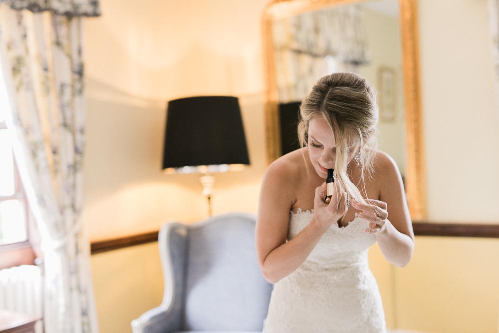 Chen Sands Kent Wedding Photographer Sprivers Mansion-8.jpg