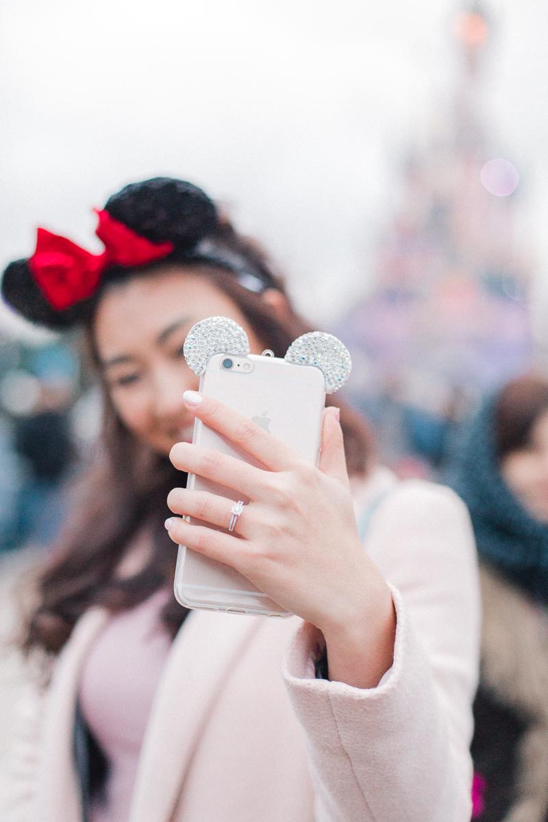 Chen Sands Paris Photographer Disneyland in Winter Engagement 20.jpg