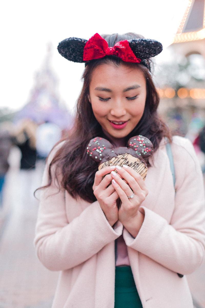 Chen Sands Paris Photographer Disneyland in Winter Engagement 24.jpg