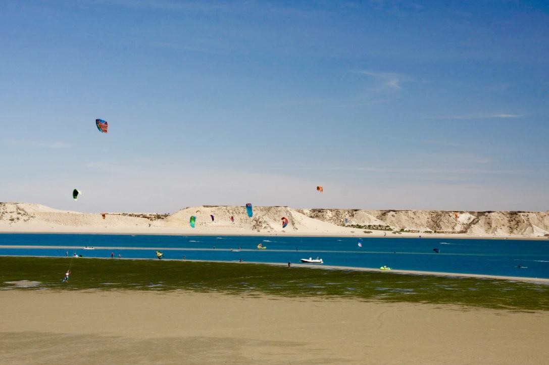 Kitesurf Dakhla | Kitesurf school | Kite Control.jpg