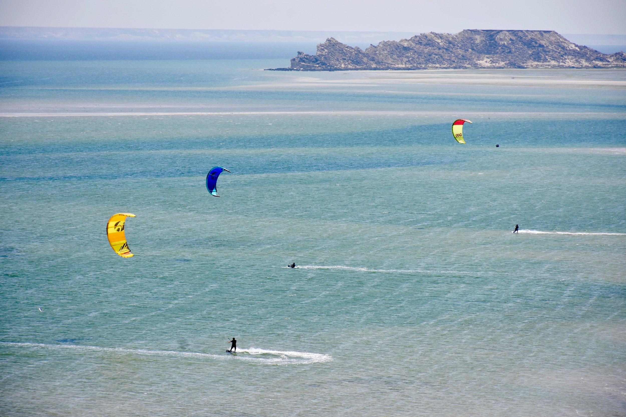 Kitesurf Dakhla | Kite Control Portugal kitesurf school.jpg