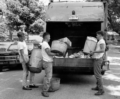 garbage-truck.png