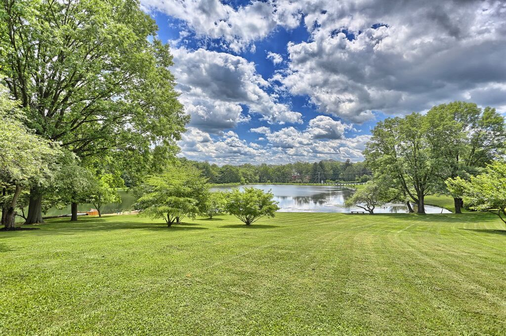 The private lake surrounding the home you can enjoy for the whole weekend. Pending on the weather, the fitness classes will be hosted outdoors.